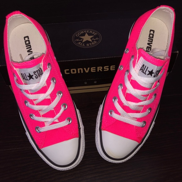 Chuck Taylor Converse All Star Low Top NWT